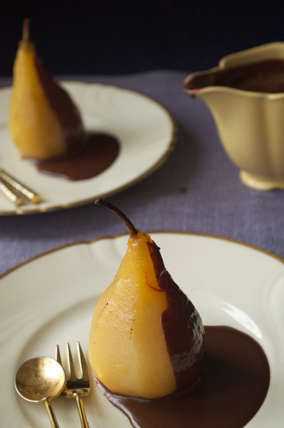 Poached pears with with saffron