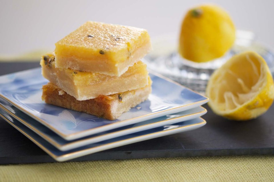 Lemon passion fruit bars